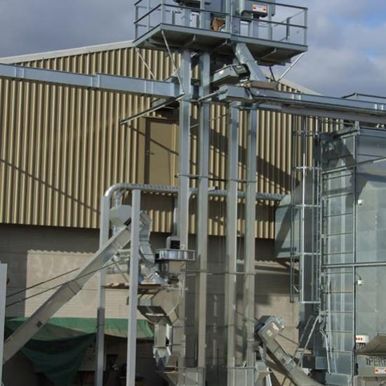 Perry of Oakley recirculating bucket elevators